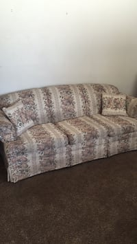 brown and gray floral fabric 3-seat sofa Lancaster, 93535