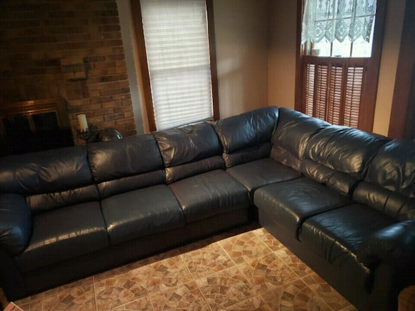 Used blue leather sectional sofa for sale in Third Lake - letgo
