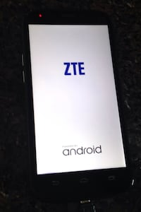 ZTE cellphone for parts, it has problem keep restarting it  Toronto, M1B