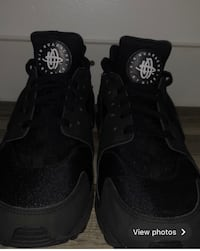 ALL BLACK NIKE HURACHES $90 (obo) Edmonton, T5B 2X3