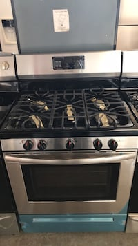 Brand New stainless steel gas stove scratch and dent 5 burners Catonsville, 21228