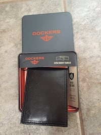 Dockers mens wallet