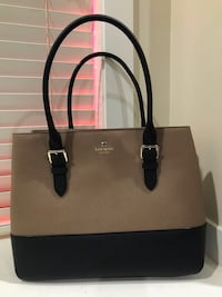 Black and brown leather tote bag Surrey, V3S 5X6