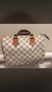 Louis Vuitton speedy 25 purse, good used condition - Authentic Surrey, V4N 3E9