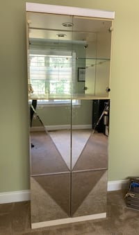 Mirrored Cabinet Olney, 20832