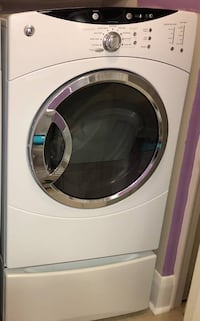 7.0 cu ft GE electric dryer Luckey