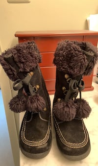 Girls black boots Fairfax, 22033