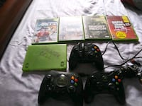 Xbox 360 console with controller and game cases Guttenberg, 07093
