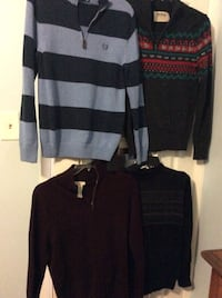(4) Men sweaters small