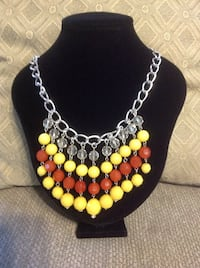 Necklace with Yellow, Rust and Clear Beads Des Allemands, 70030