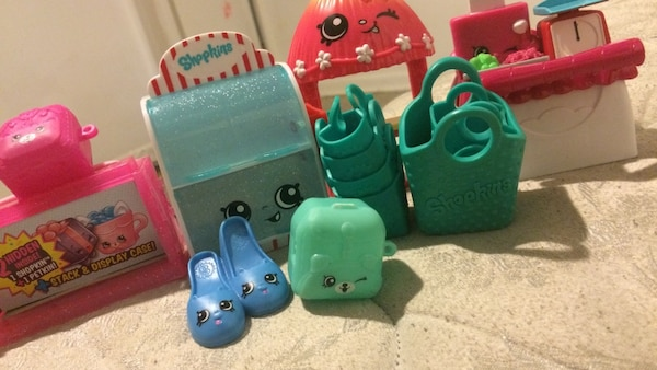Used Basket Bag Flats And Weighing Scale Shopkins Toys For Sale