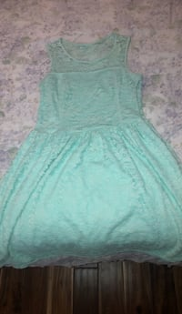 Lace dress (negotiable) Mississauga, L5M 5V1