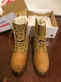 pair of brown Timberland work boots Mississauga, L4Z