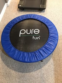round blue and black trampoline 38 mi
