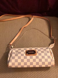 Used one time look new handbag LV Rockville, 20852