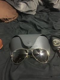 silver framed Ray-Ban aviator sunglasses with case Tampa, 33615