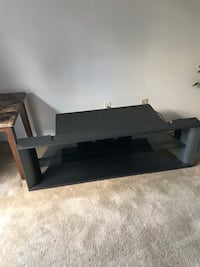 Tv stand with glass shelving (read info) Santa Maria, 93455