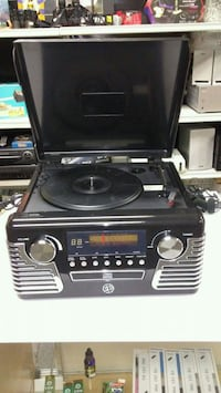Eletroband stereo turntable Hammonton, 08037