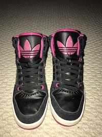 Pair of black-and-pink adidas high tops Westerville, 43082