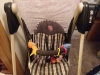 baby's brown and white swing chair Altoona, 50009