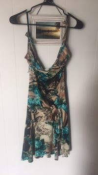 green and black floral sleeveless dress Alpena, 49707