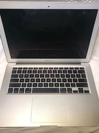 Macbook Air Toronto, M6N