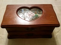 Small jewelry box Hagerstown, 21740
