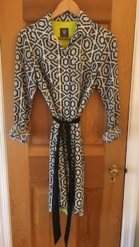 Vincent Camuto dress, business or casual, size 2, flawless and worn twice. Alexandria, 22301