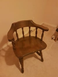 brown wooden windsor rocking chair Coquitlam, V3K 3Y5