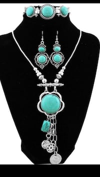 silver-colored and green gemstone necklace Alexandria, 22310