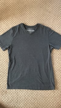 Men's Ecko T-shirt in small good condition  Surrey, V3X 0B3