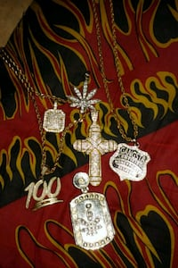 Iced out chains and pendants Soddy-Daisy, 37379
