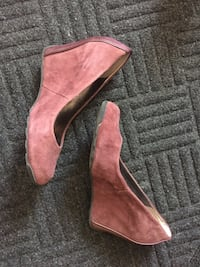 Ladies Wedges size 8 Cambridge, N1R 5W8