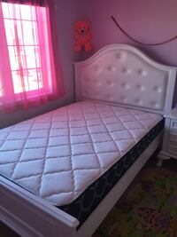 white and pink bed mattress Georgetown, L7G 6M6