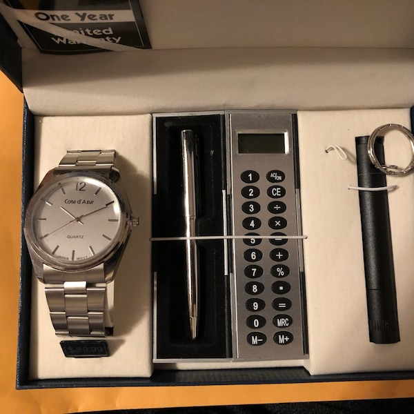 Watch and Pen Gift Set  f16301e9-fac5-4065-9db5-ec8803df2715