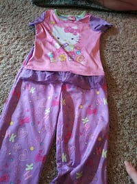 Hello kitty pajamas size 7/8 Sacramento, 95829