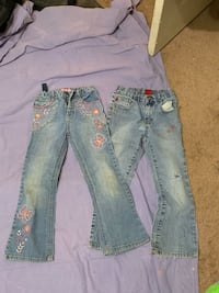 2 pair of Girls jeans size 6 Oklahoma City, 73108