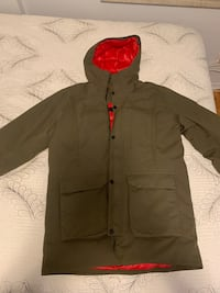 Selling Helly Hansen Jacket Toronto, M9A 4Y3