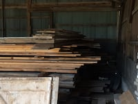 pile of brown wooden planks Dixon, 61021