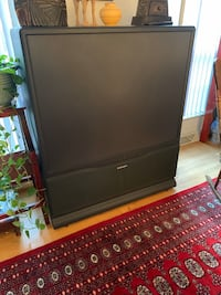 Free working 50inch Mitsubishi tv