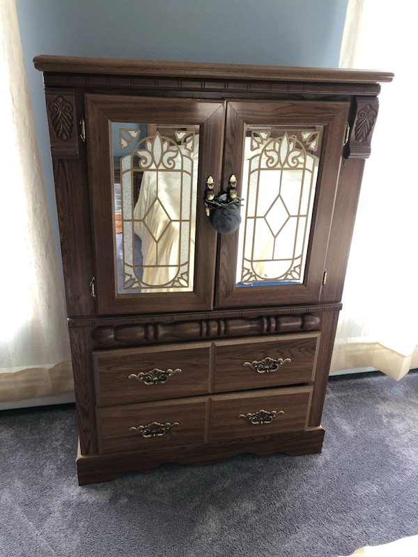 Used Bedroom Set Queen For Sale In Newmarket Letgo
