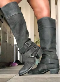 pair of black suede heeled boots Dallas, 75206