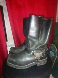 black leather 2-buckle riding boots Port Coquitlam, V3C 6B9