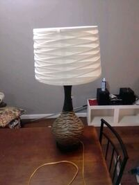 Used lamp w/ new lampshade