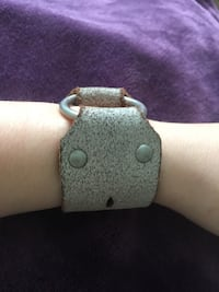 Handmade leather cuff Parksville, V9P 2L8