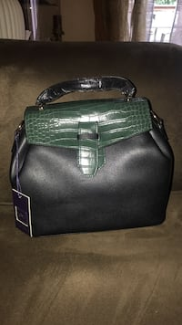 black and green leather tote bag London, N6E 3P9