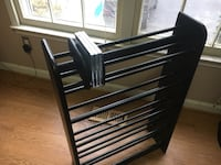 Black wooden CD/DVD Rack 16 km