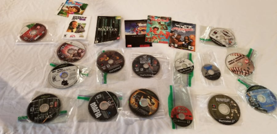 Loose Disc Video Game Lot 20834940-609e-46df-b732-dfe304911dd7