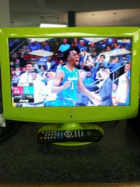 Coby 15 inch LCD TV with remote control and HDMI p 25 mi