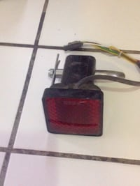 Taillight for tow hitch. Hooks in to tow hitch 4 pin connector and voila - an extra taillight! Las Vegas, 89107